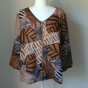 Chico's animal print zip blouse size 3, XL